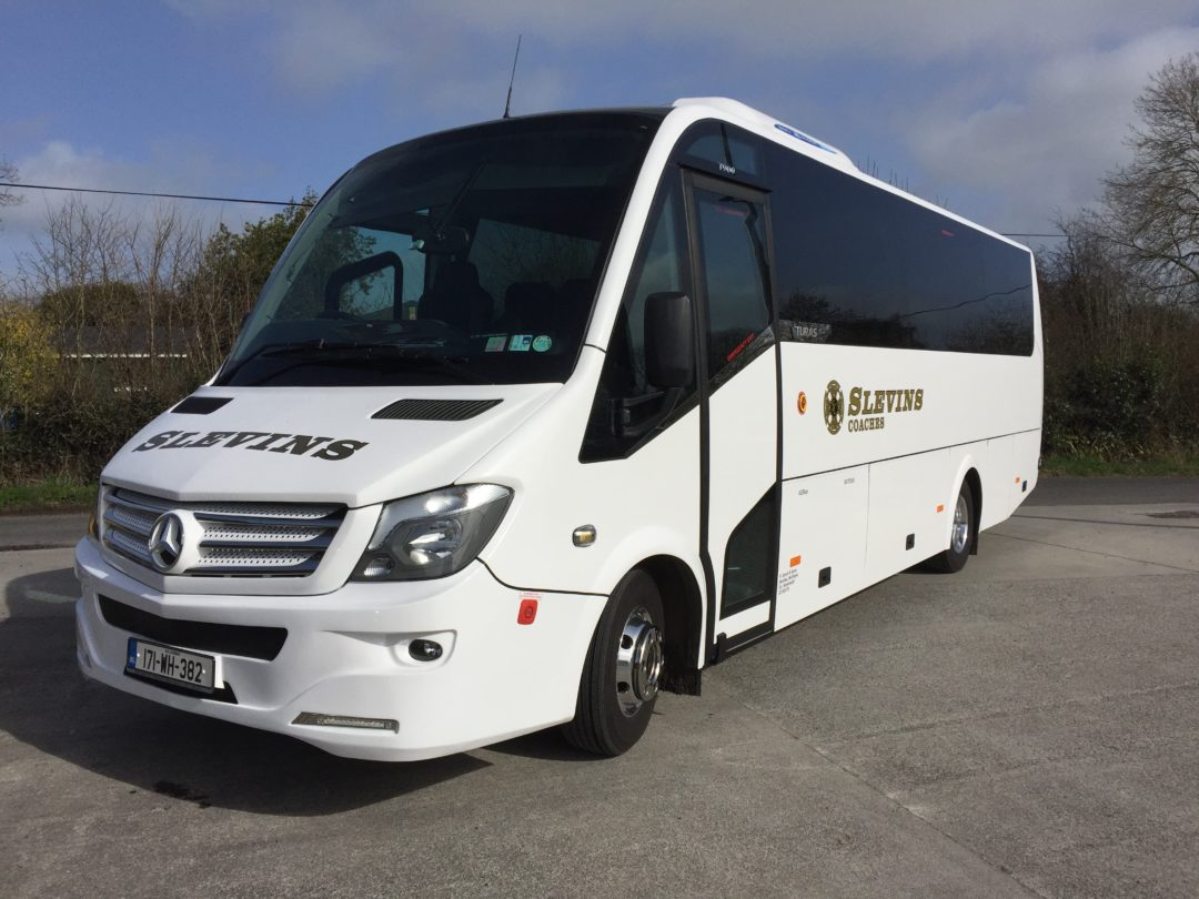 Mercedes Turas 33 Seater
